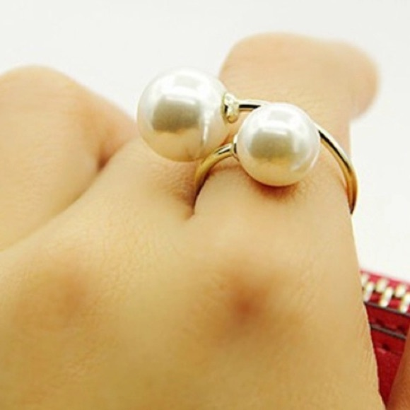 Jewelry - Adjustable Pearl Ring